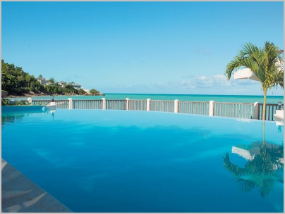 blue_waters_beach_pool