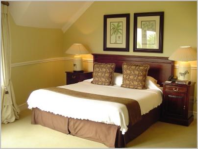 gallery-beds-merlot-bed