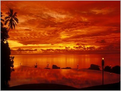 13_pacific_resort_aitutaki_-_pool_sunset